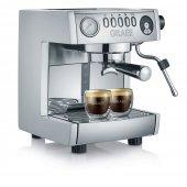 Szybki i energooszczędny ekspres wielofunkcyjny, zapewniający  w pełni profesjonalne przygotowanie pysznej oraz aromatycznej kawy.
